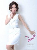 【an】バストリボン/V字ネック/ベルト付き/キャバドレス ホワイト