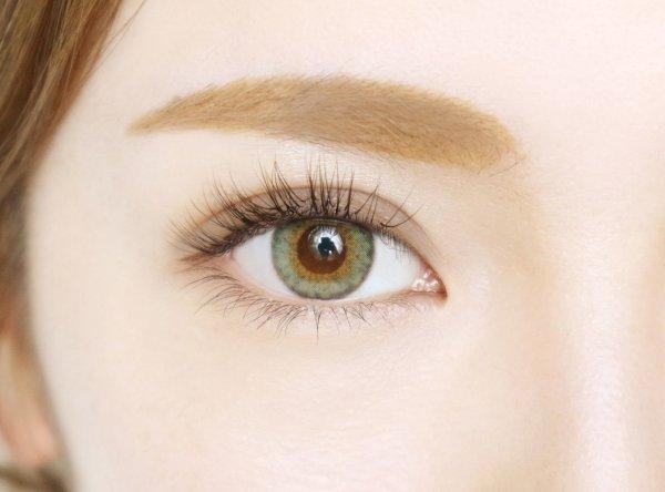 画像2: 【Fierce eyes by Diya(フィアースアイズ バイ ダイヤ)】(エッジグリーン)(1箱10枚) 1日使い捨てカラーコンタクト【カラコン】